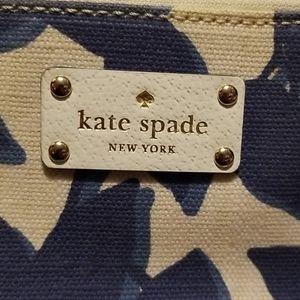 kate spade Bags - Kate Spade  crossbody bag.